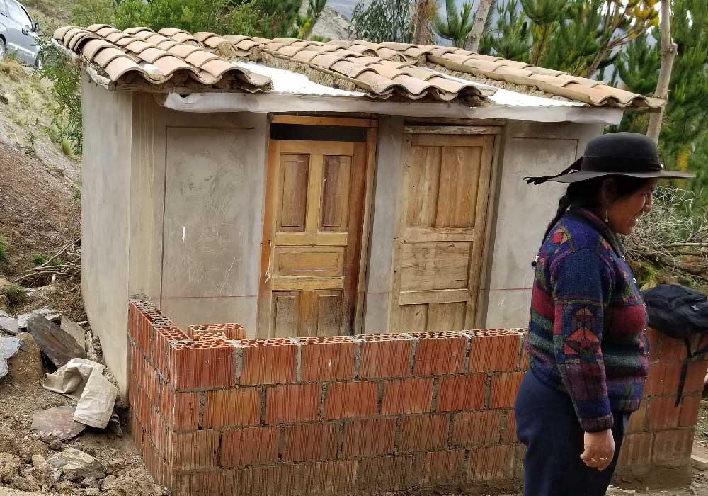Thanks to a generous ATA donor, the entrance to the CTTC weaving community in Accha Alta undergoes improvement.
